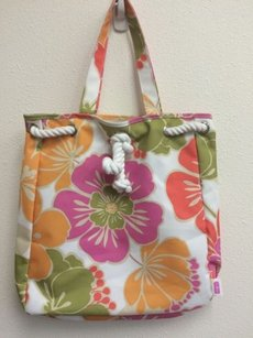 Clinique Beach Floral Pink Orange Tote in Multi-Color