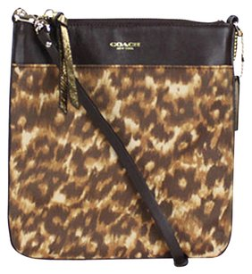 Coach 52104 North South Cross Body Bag
