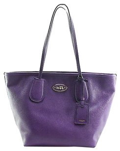 Coach Shoppers Tote in Purples