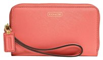 Coach Coach LEATHER UNIVERSAL PHONE CASE Coach phone case carrier wallet wristlet