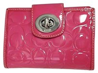 Coach Coach Pink Patent Leather Signature C Logo Embossed Twist Clasp Wallet B3070