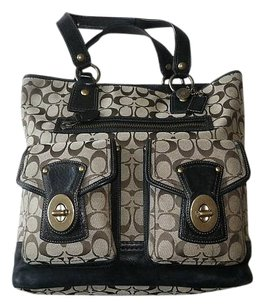 Coach Louis Vuitton Dooney Bourke Gucci Channel Rare Vintage Tote in Khaki/Black