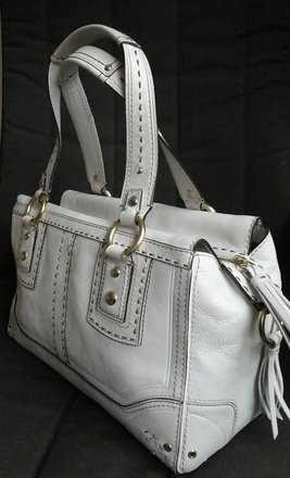 Coach Louis Vuitton Dooney Bourke Gucci Vintage Satchel in Whites