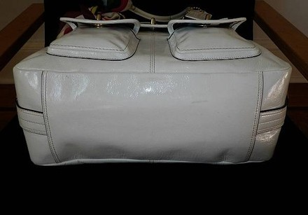 Coach Louis Vuitton Dooney Bourke Gucci Channel Rare Vintage Tote in White