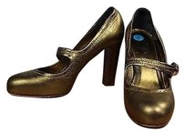 Coach Womens Solid Gold Pumps