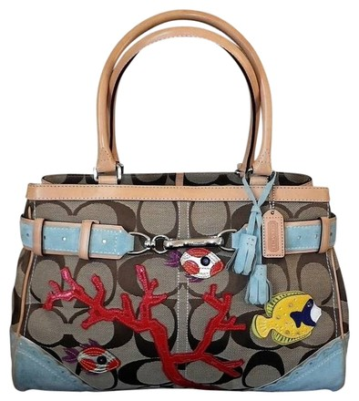 Preload https://item1.tradesy.com/images/coach-signature-c-fish-coral-applique-lg-carryall-tote-purse-khaki-red-yellow-blue-green-multicolore-727970-0-0.jpg?width=440&height=440