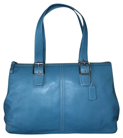 Preload https://item1.tradesy.com/images/coach-vintage-lg-sky-legacy-zip-satchel-blue-leather-tote-533550-0-0.jpg?width=440&height=440