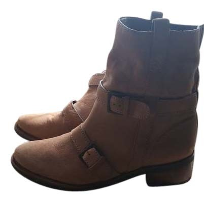These Cole Haan Boots at Stylight are perfect for pairing with all kinds of outfits. Your new pair of Cole Haan Boots can be worn with everything from chinos to jeans. Cole Haan Men's Shoes Sale - Macy's Browse our selection of Men's Shoes on cole haan boots sale Sale and Shoes for Men on Sale.