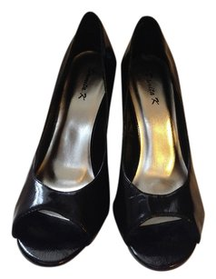 Damita K Black Pumps