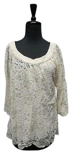 Diane von Furstenberg Long Sleeves Lace Floral 5316 A Top Off White