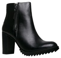 DV by Dolce Vita Closed-toe Black Boots