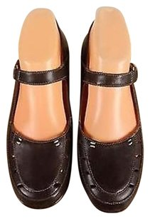 Easy Spirit Womens Solid Mary Jane Leather Cut Outs Wedge Brown Pumps