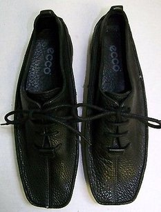 Ecco Black Pebbled Leather Blacks Flats