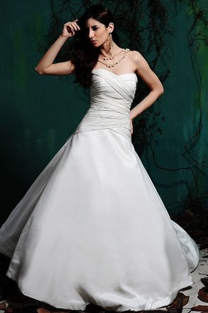 Preload https://item1.tradesy.com/images/eden-ivory-2362-wedding-dress-size-0-xs-1233400-0-0.jpg?width=440&height=440