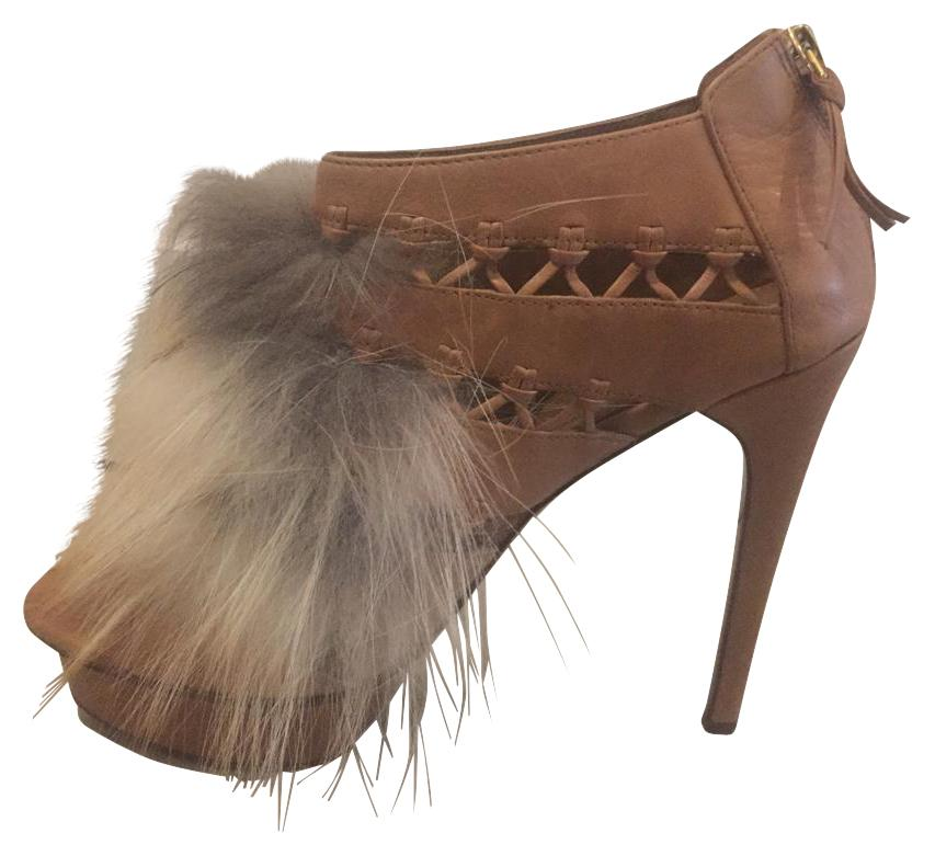 Elie Tahari Bisque Elyse with Fur Boots/Booties Size US 7.5 Regular (M, B)