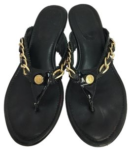 Eric Javits Womens York W Gold Chain Flip Flop 1 34 Heel Black Sandals