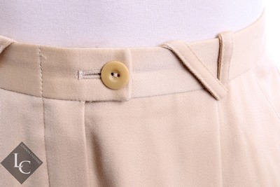 Escada ESCADA CREAM/GOLD TWO PIECE PANT SUIT DOUBLE BREASTED W/ EMBROIDER ACCENT SZ 4