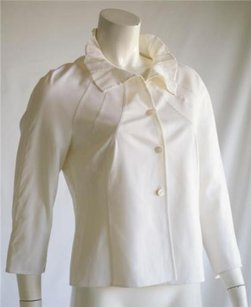 Escada Short Jacket Top Cream
