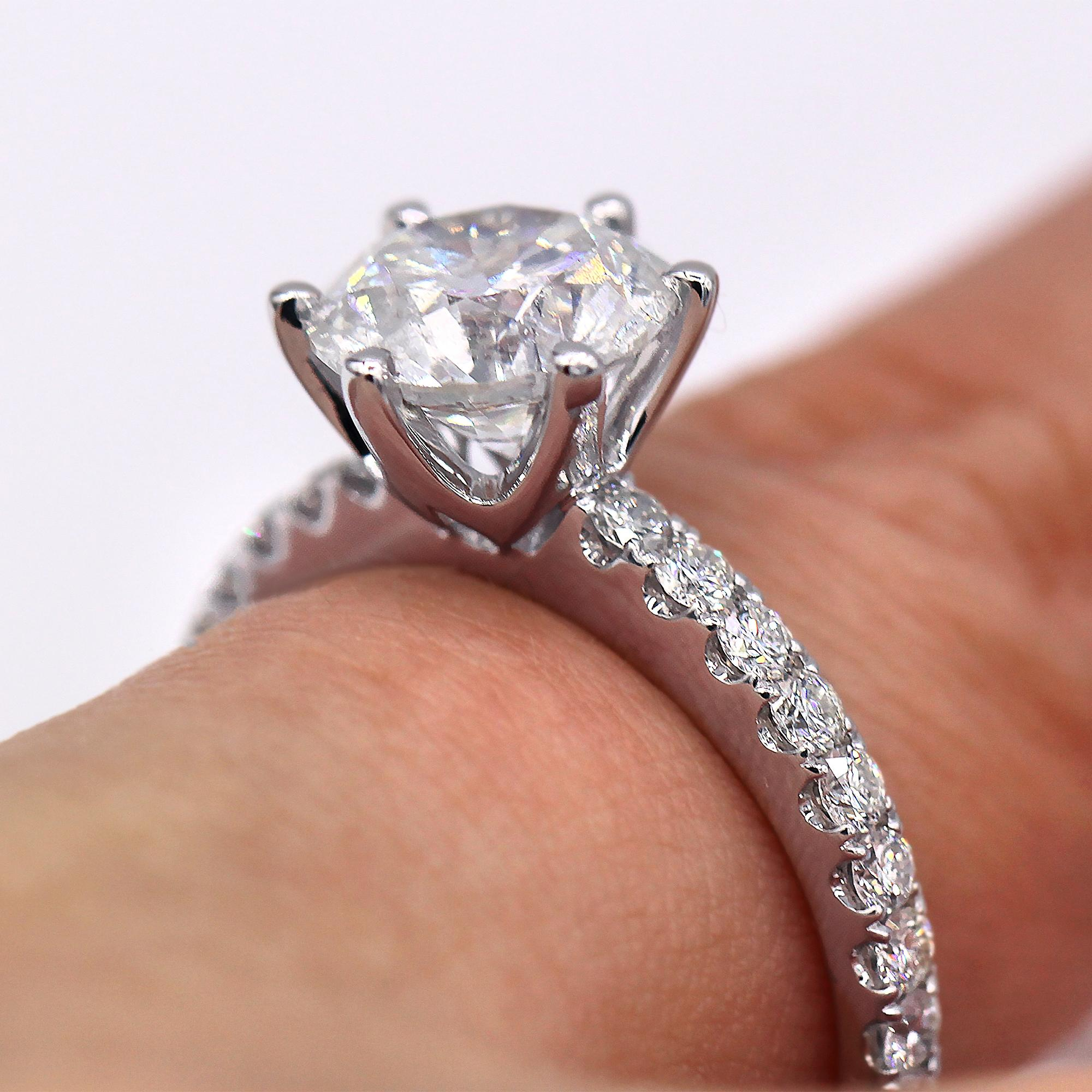 Eye Catching 261 Tcw Round Shaped Diamond Engagement Ring Tradesy