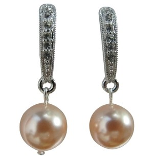 Adorable Fancy Surgical Post Peach Pearl Diamante Earrings