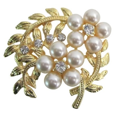 Gold/Ivory Fabulous Bouquet Fantasy Floral Designs Artistically Designed Brooch/Pin