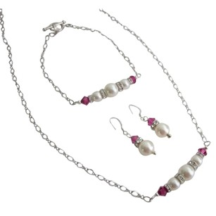 Fashion Handcrafted Ivory Pearls Fuchsia Crystals Set Of Wedding Gifts