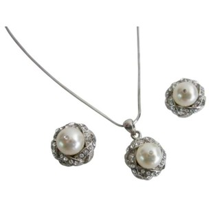 Ivory Pearls Rhinestones Pendant Bridesmaids Gift Necklace Jewelry Set