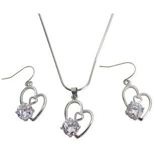Lovely Heart Pendant With Earrings Beautiful Gift For Mother