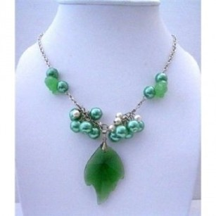 Green Emerald Crystals Leaf Pendant W/ Simulated Crystals Jewelry Set