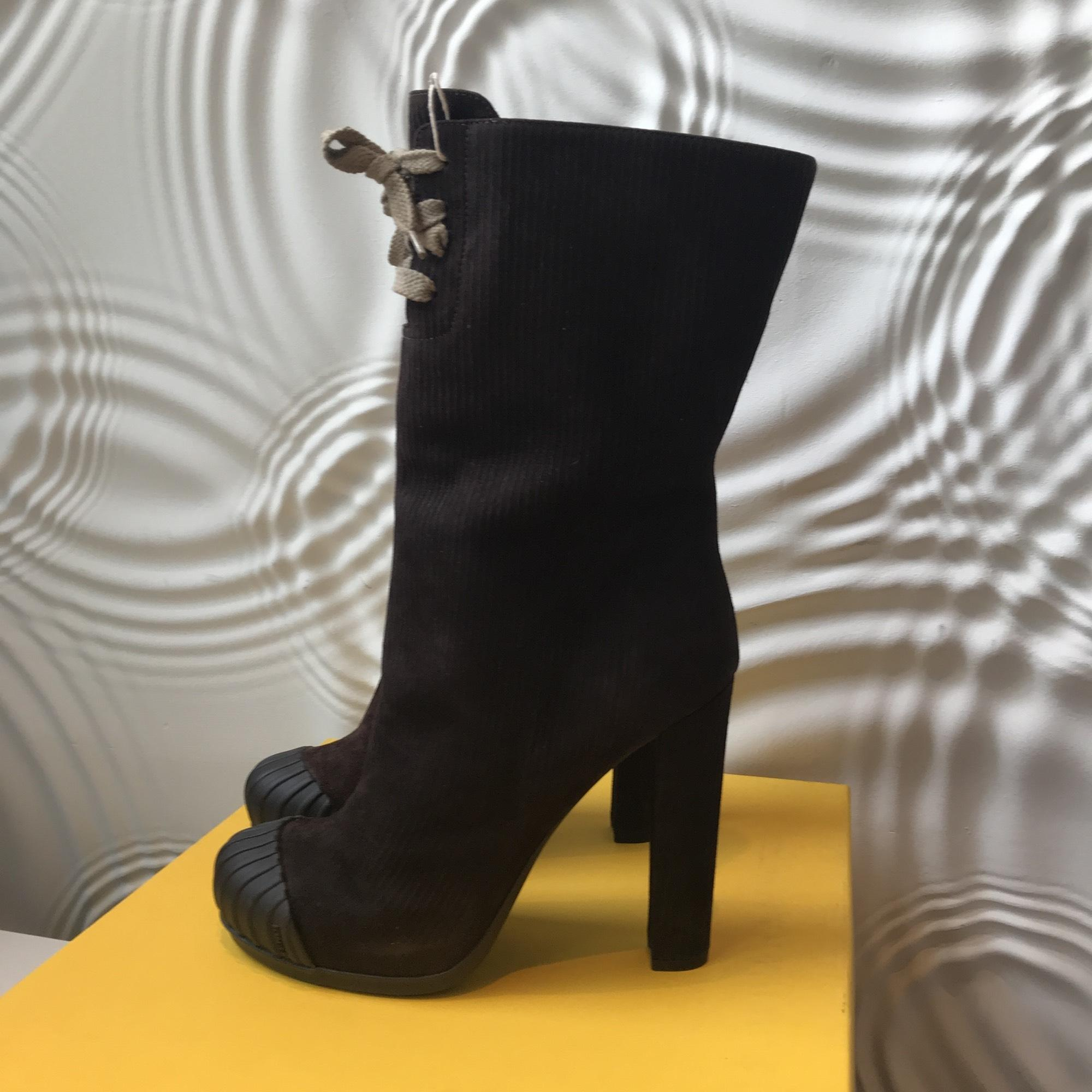 7c6bde031 Fendi Brown New Boots Booties Size EU 39 39 39 (Approx. US 9 ...