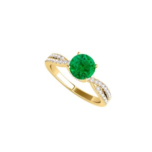 Fine Jewelry Vault Emerald and CZ Criss Cross Design Ring in Yellow Gold