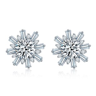 Fine Jewelry Vault Flower Design Cubic Zircon Stud Earrings in White Hue