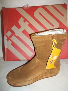 FitFlop TAN Boots