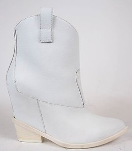 Giuseppe Zanotti Leather Pointed Toe Cowboy White Boots