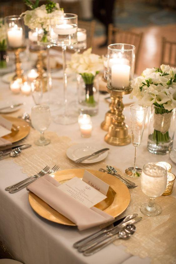 Gold 230 Pcs X 13  Acrylic Reception Dinner Tableware on Tradesy Weddings (formerly Recycled & wedding reception plates - Wedding Decor Ideas
