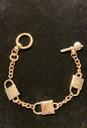 Michael Kors Toggle Bracelet gold-tone Locks Gold tone locks Toggle Bracelet Image 2