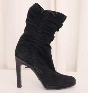 Gucci Womens Suede Black Boots