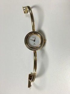 Gucci Gucci Gold Tone Round White Face Quartz Thin Band Changeable Case Watch Ko