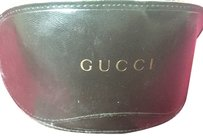 Gucci Gucci Sunglasses Case and Cloth