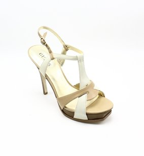 Guess Heels Leather New With Tags Pumps