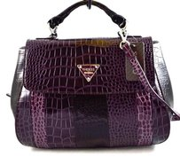 Guess Bay View Satchel in Purple