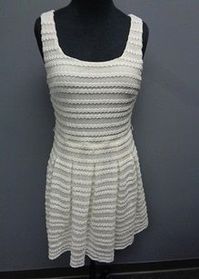 Guess Los Angeles Lined Polyester Blend Textured Pleated Sma10969 Dress
