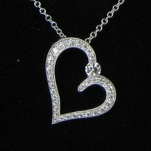 Hearts on Fire Hearts On Fire Amorous Heart Necklace 0.35cts Diamonds 18k White Gold