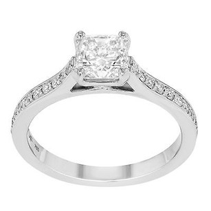 Hearts on Fire Hearts On Fire Enticement 18k White Gold 1.30 Cttw Ladies Engagement Ring