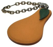 Hermès Authentic HERMES Vintage Pear Motif Charm Key Chain Ring Beige Leather BN03186
