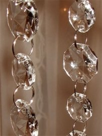 25 Ft Crystal Garland (glass)