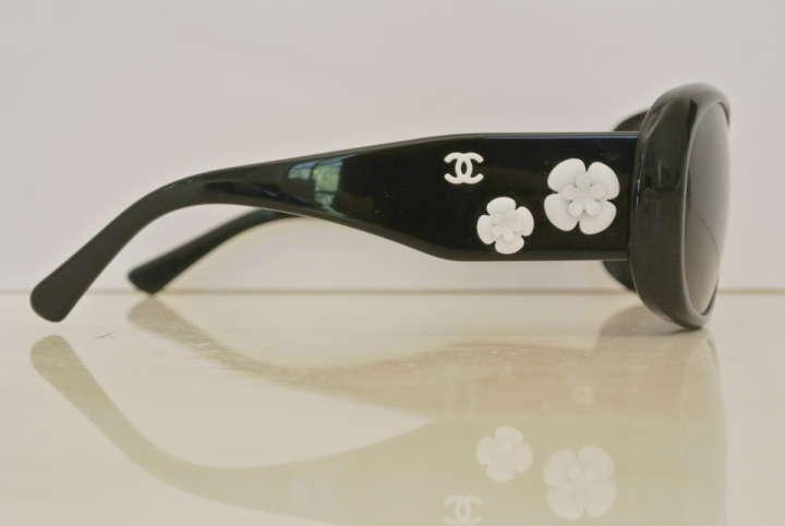 Chanel Flower Eyeglass Frames : 301 Moved Permanently