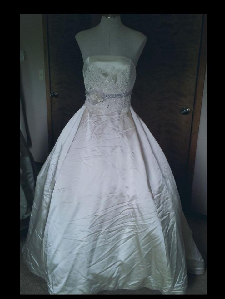 Amsale Clearance Priced Through 8 30 Wedding Dress