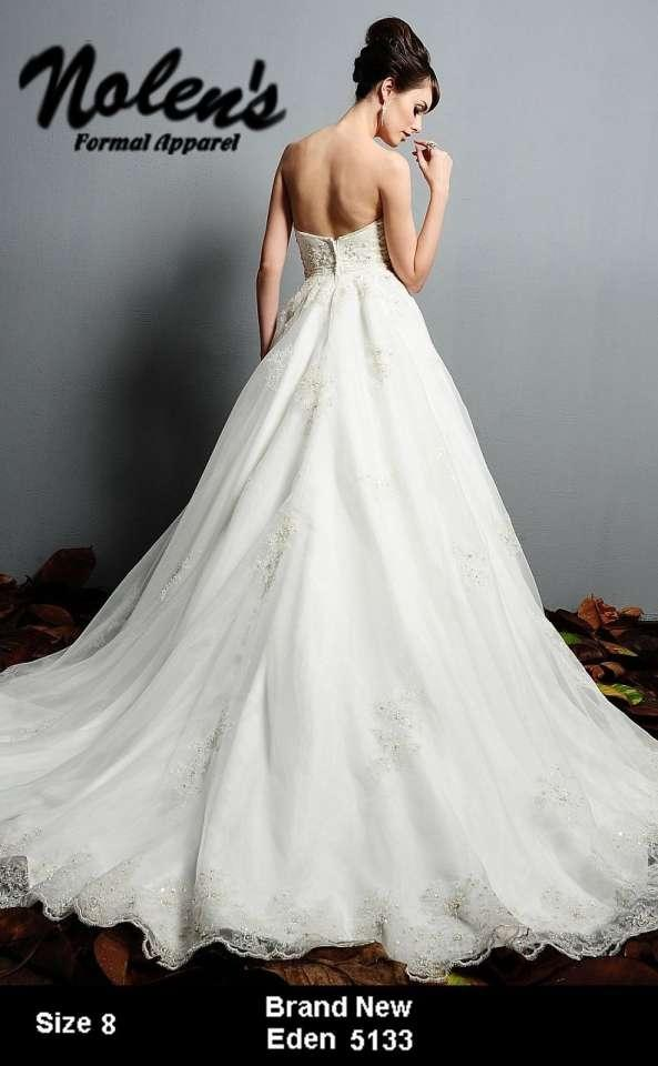 vera wang wedding gowns salon bridal shop birmingham michigan