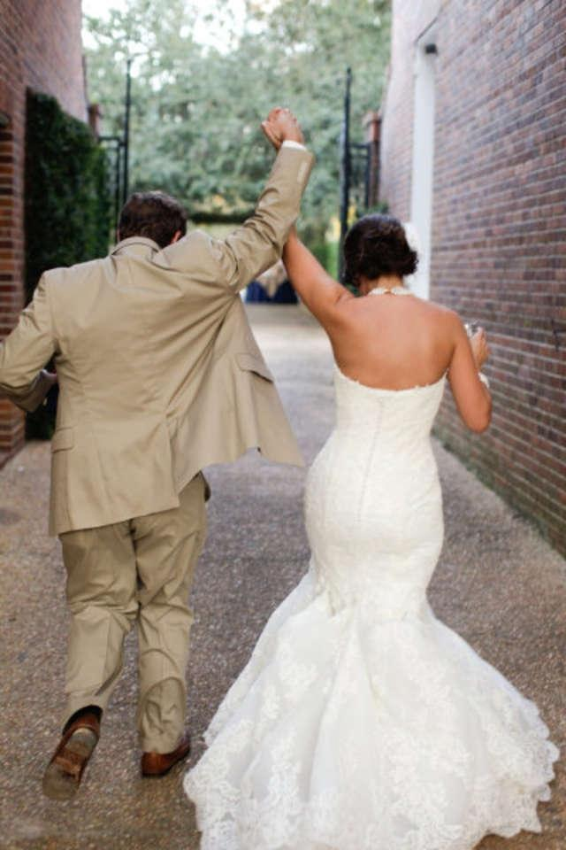 Wedding dresses for rent in portland or discount wedding for How much does it cost to preserve a wedding dress